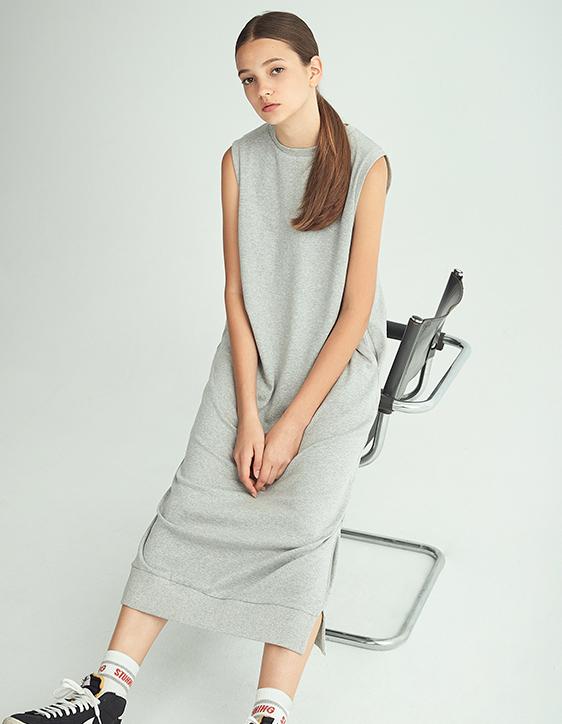 圓領無袖長版洋裝