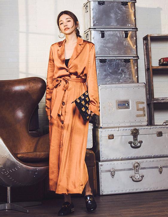 緞面開釦綁帶長版洋裝