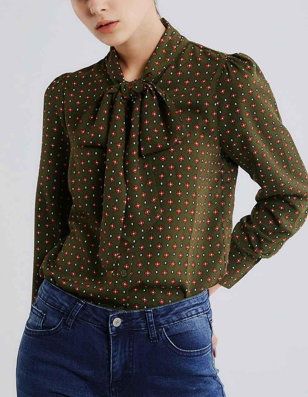 領綁結花版襯衫
