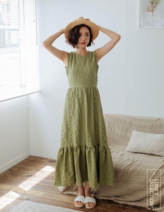 選品系列:立體織紋背心洋裝