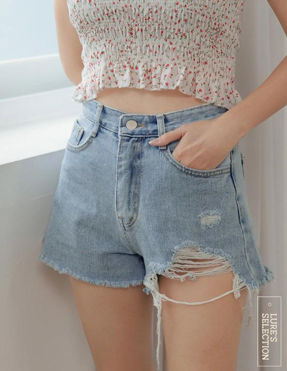 選品系列:不對稱刮破短褲