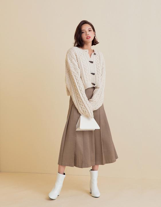 格紋壓褶裙