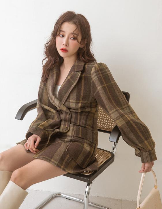 雙排釦格紋大衣