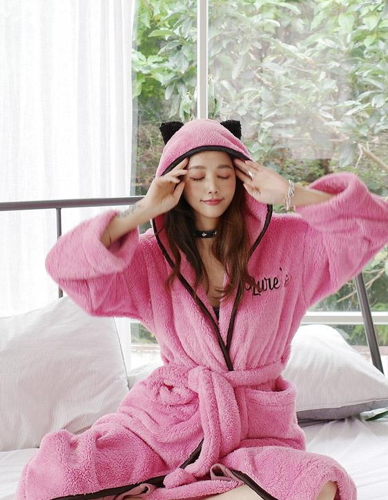 貓耳粉紅睡袍