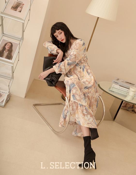 選品系列:V領水彩畫洋裝